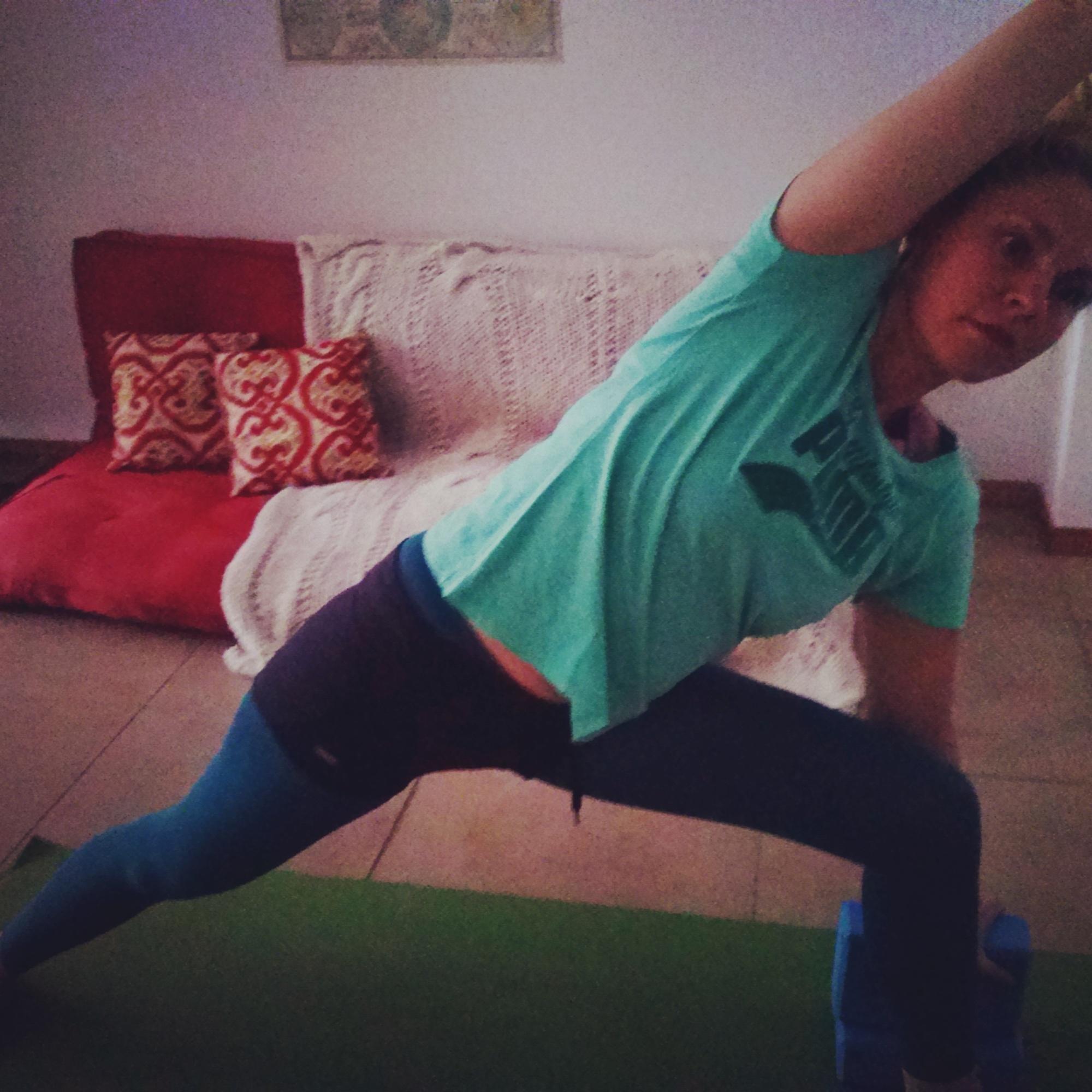 cami maqui yoga